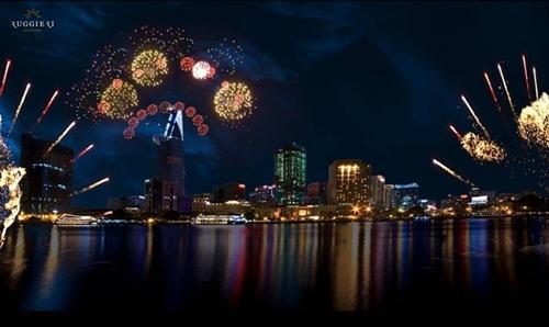 Tết Dương lịch 2015, pháo hoa kiểu mới ở Sài Gòn