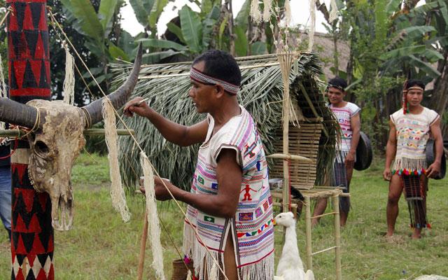 Lễ hội cúng thần lúa của người Mạ
