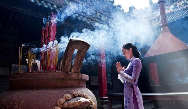 Điều kiêng kỵ bạn nên biết khi đi lễ chùa